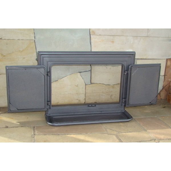 Чугунная дверца для печи распашная